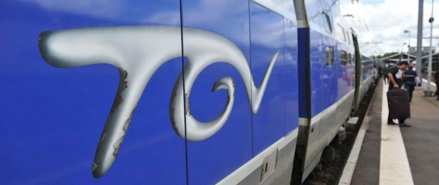 Rame de TGV à l'arrêt