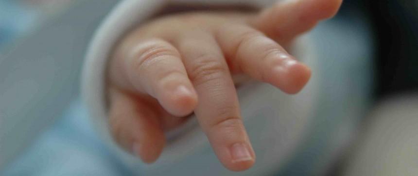 Main d'un bébé