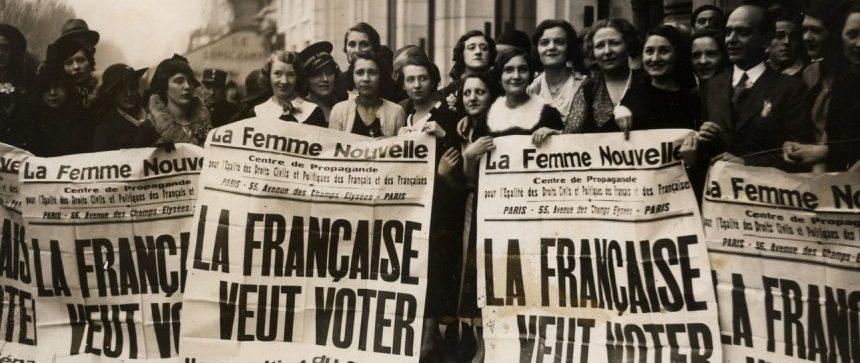 Femmes françaises manifestent pour le droit de vote